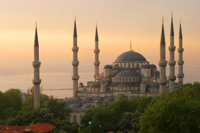 Blue Mosque, Istanbul © Lonely Planet