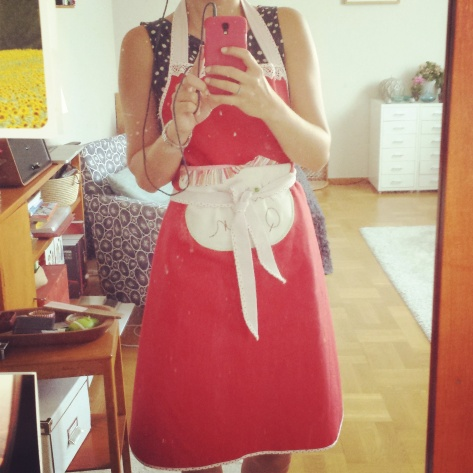 Saras städoutfit - förkläde